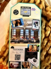 The experience card. When you can't wrap the experience, show off what you have planned! Printouts of tickets, mini photos, colorful stickers, and confirmations make wonderful fillers for a card showing off an adventure to come!
